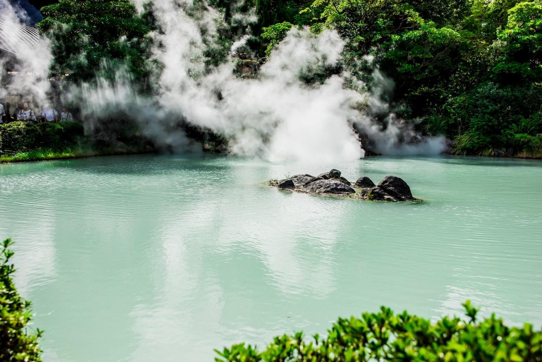 中性炭酸泉のイメージ図