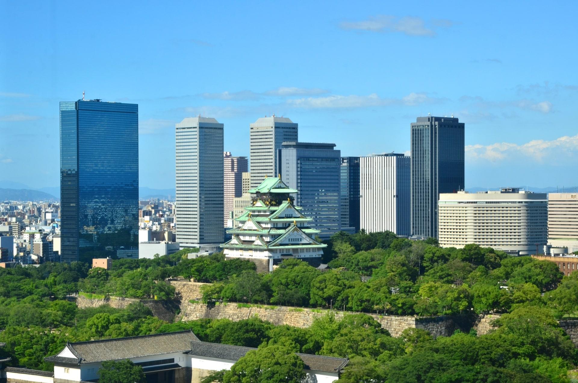 大阪のビル群遠景